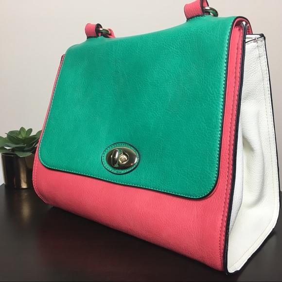 16d3bf10eb Shoe Dazzle Bags   Pinkgreen Shoedazzle Bag   Poshmark